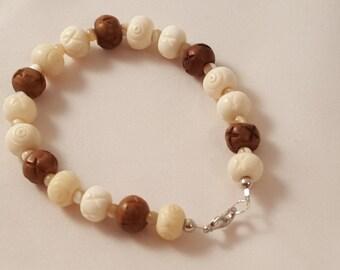 Cream & Brown Bracelet - Women's Bracelet - Men's Bracelet - Glass Bead Bracelet - Beaded Bracelet - Single Strand Bracelet - White - Brown