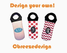 monogrammed wine bag, insulated wine bag, briddle party gift, wine bottle wrap, circle monogram, custom gift for her, summer wine tote