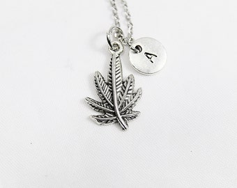 Maple Leaf Pendant Necklace, Leaf Necklace, Personalized Initial Necklace, Minimalist Jewelry, Dainty, Delicate, Simple Jewelry,