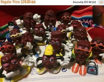 Sale 16 raisin men vintage 1980s