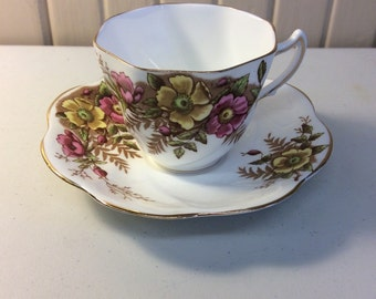 Rosina flowered teacup and saucer set