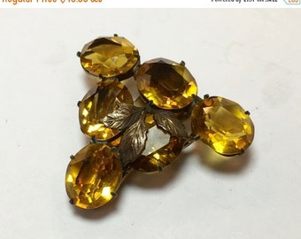 SummerSALE 30s Glass Dress Clip | Large Amber Gold Faceted Stones Dress Fur Clip