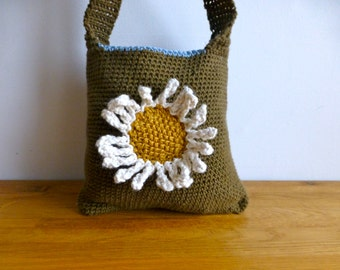 Cross Body Cotton Crochet Bag with Daisy Motif