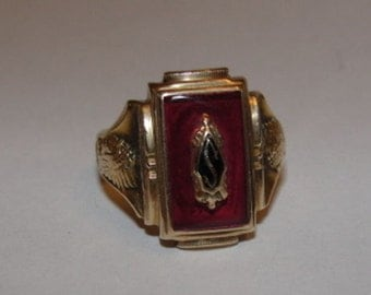 10 kt Gold High School College Ring