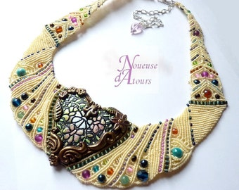 "Collar chest ""mon coeur exlose of colors"""