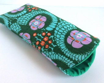 Large Sunglass Case, Padded Sunglass Case, Quilted Glasses Case, Green Sunglass Case, Slip in Eyeglass Case