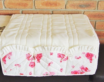 Hand made floral chintz quilted armchair seat cover with pockets 1960s