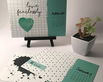 SALE Mini 2017 Desk Calendar with display stand - Monthly Calendar - 2017 quote Calendar - 2017 Desk Calendar - Quote Calendar - Graphic