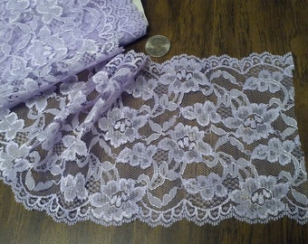 "LAVENDER 6""wide LACE,1 yd x 6"" wide, Scalloped,Vintage lace"