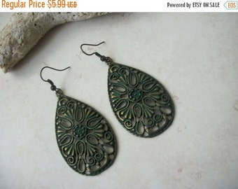 ON SALE Vintage Southwestern Filigree Earrings 1496