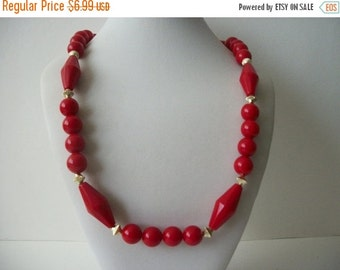 ON SALE Vintage Classy Red Gold Plastic Beads Necklace 1595