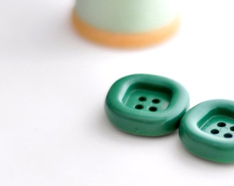Green Buttons, Set of 2