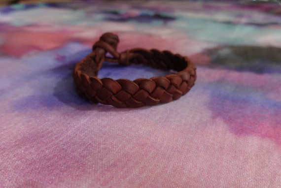 how to make a 4 strand braided leather bracelet