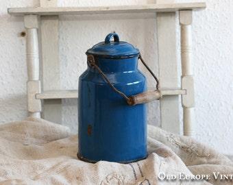 Vintage Blue Enamel Milk Jug with Lid, Milk Pitcher, country cottage milk jug