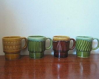 Vintage 70s Set of 4 Ceramic Stacking Mugs in Natural Color Glazes / Different Patterns