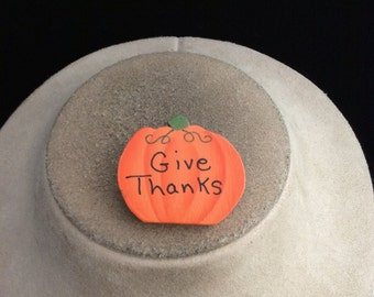 Vintage Thansksgiving Wooden GIVE THANKS Pumpkin Pin