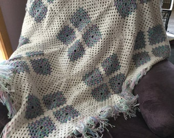Crochet white/variegated green afghan