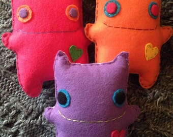 """Stuffed Felt Monster Doll with Heart """"Boo"""" - Plushie"""