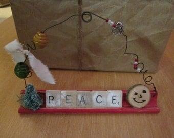 4 decorations Christmas Scrabble
