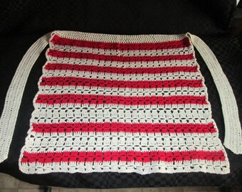 Vintage apron knitted crochet / knit Apron hook Vintage