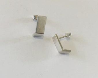 Minimalist Earrings, tiny stud earrings, Geometric Stud Earrings, Tiny Stud Earrings Silver, square earrings, Stud Earrings, sterling silver