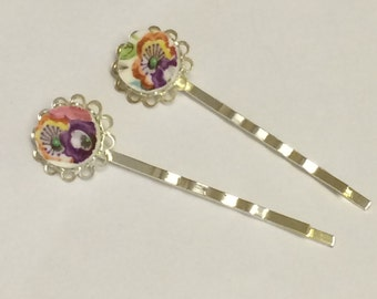 Set of two vintage style, up-cycled bobby pins/ flower girl hair accessories/ wedding hair pins