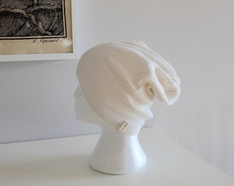 White up-cycled slouchy beanie
