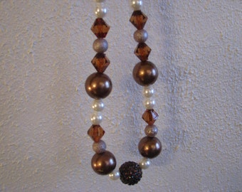 Brown tones chunky necklace