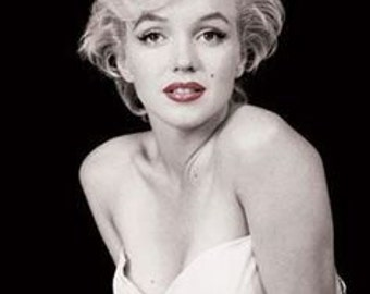 Marilyn Monroe White Dress Poster