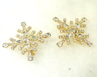 Vintage Christmas Scatter Pins - 4 Pointed Rhinestone Snowflakes - No.  1654