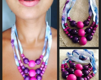 Silk and wood beads three layered necklace
