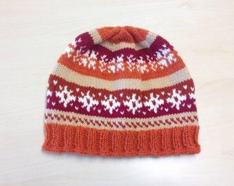 Handknitted Moss with Colourful Jacquard Ornament