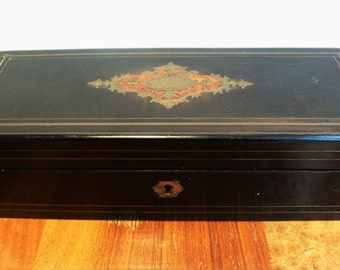 Antique glove box French Wood Marquetry Inlaid Glove with key / Jewelry Box ebonised table casket