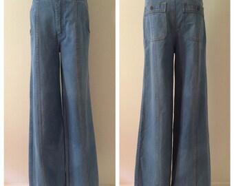1970s Vintage Wide-Legged Jeans