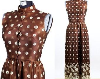 1970s Yves Jennet Chocolate Daisy Polyester Maxi Dress / small medium