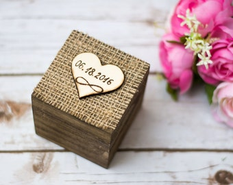 Wedding Ring Box Rustic Ring Bearer Burlap Personalized Infinity Ring Bear Box Wooden Lace Holder Shabby Chic Wedding ceremony