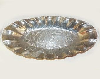 World Vintage Aluminum Tray Bowl WORLD Hand Forged Hammered Aluminum - 151