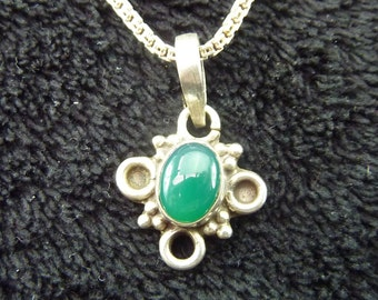 A very nice  925 Silver  Necklace with green stone pendant