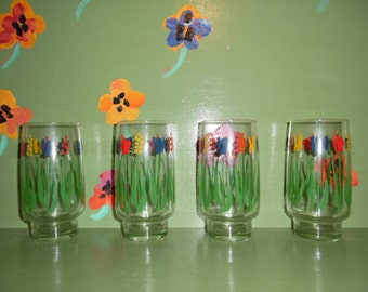 Set of 4 Primary Colors Mod Juice Water Tumblers Glasses Flowers Red Yellow Blue Green Kitchen Home Decor Mid Century Modern Vintage