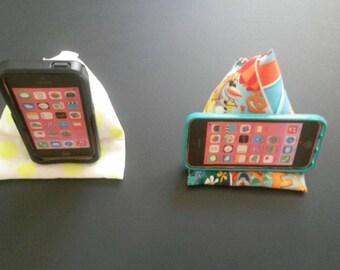 Triangular Phone/i-pod Holder