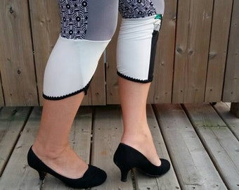 Black and white recycled Leggings small - yoga