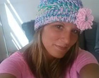Slouchy hat with removable flower