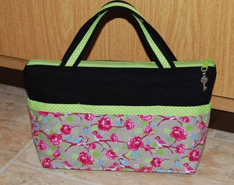 Bag made from durable canvas, handbag