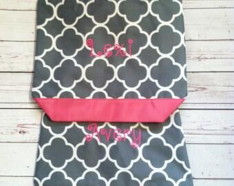 5 Personalized Bridesmaid Gift Quatrefoil Tote Bag Gray & Fuchsia