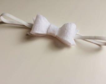 Felt bow headband - Medium bright white bow headband - alligator clip