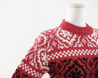 SALE Vintage Knit  Sweater