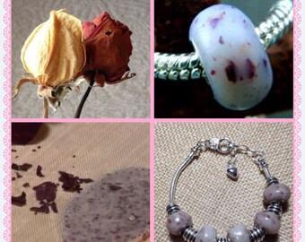 Dried Flower Memory Bead Bracelet