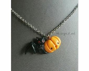 Halloween spooky friend: kawaii necklace