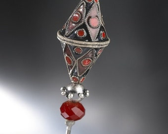 Red and Black Cloisonné Brooch