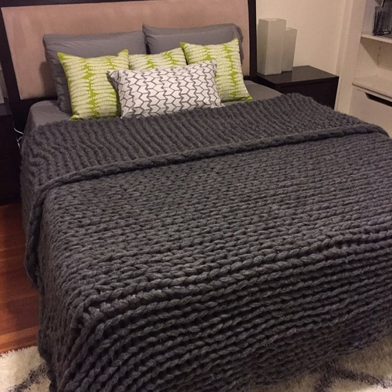 87x90 Giant Chunky Knit Blanket King Size by TheKnitBeyond
